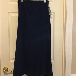 Cute new navy blue skirt!!